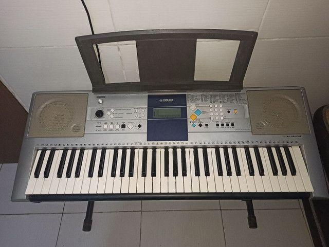 Teclado Yamaha PSR-E323 - Foto 2