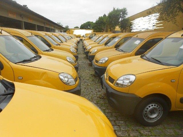 kangoo cargo ,renault kangoo cargo ano 2012/2013 arrumo financiamento !! - Foto 2