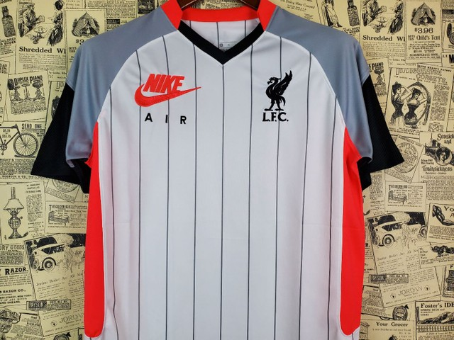 Camisa Liverpool Uniforme IV 2020 2021  - Foto 2