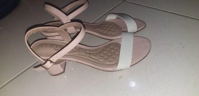 Sandalinha de saltinho - Foto 2