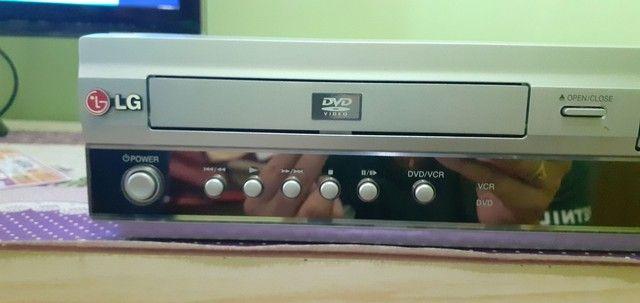 Aparelho vhs e dvd em único aparelho LG - Foto 2