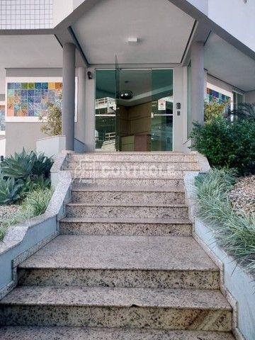 (Ri)Ótimo apartamento vista mar, 101m2 com 3 dormitórios sendo 1 suíte em Barreiros - Foto 2