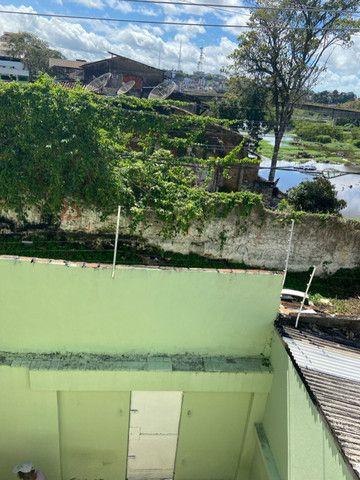 Alugo casa casarão serve p comercio ou moradia - Foto 6