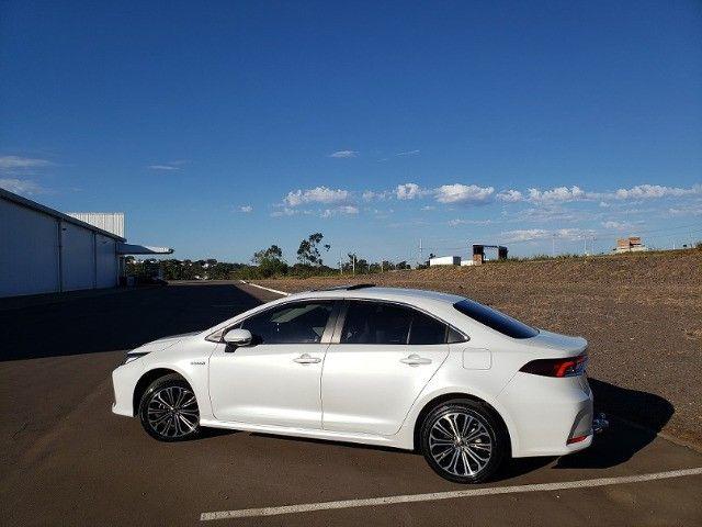 Corolla Altis Premium Hybrid 2022, 3.000km, Teto Solar, Flex e Elétrico - Foto 4