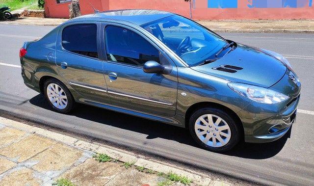 Peugeot 207 Passion 2012 Apenas 48.000 km - Foto 2