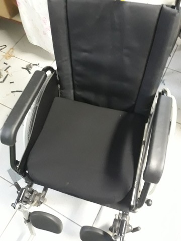 Cadeira de rodas reclinável  - Foto 4
