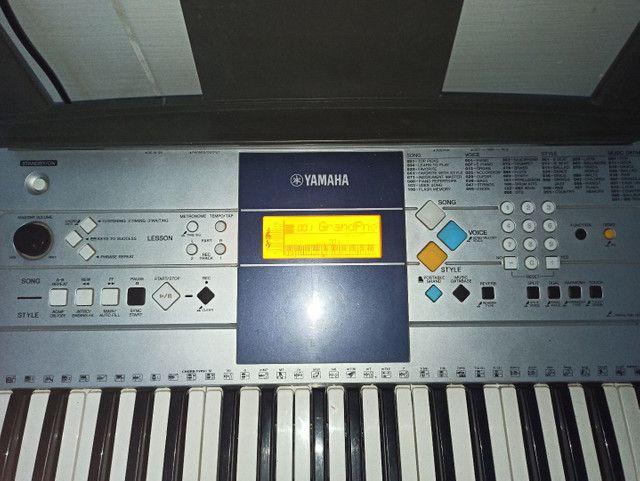 Teclado Yamaha PSR-E323 - Foto 3