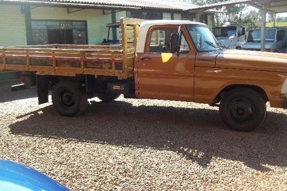 FORD F 2000