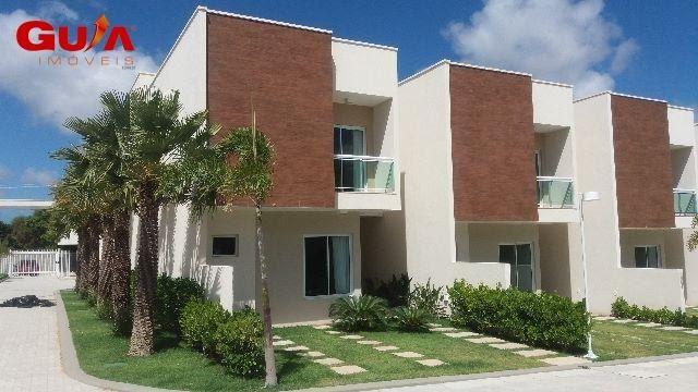 Casas com 03 suítes em condomínio no Eusébio
