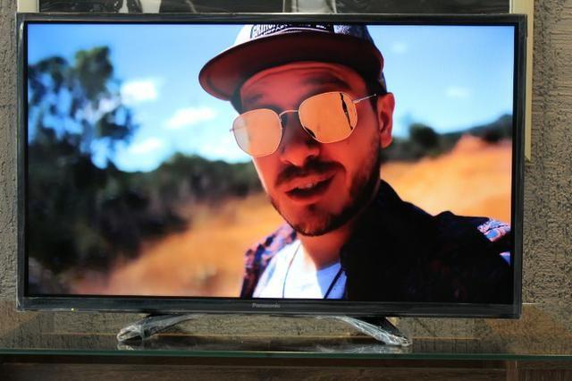 Smart TV Led 32 HD Panasonic TC-32ES600B / Ultra Vivid, Wi-Fi, Wireless  Media