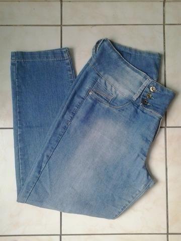 6aa42c8ce Vendo: Calça Jeans Feminina / Cintura Média - Marca: Mix Jeans - Tamanho: