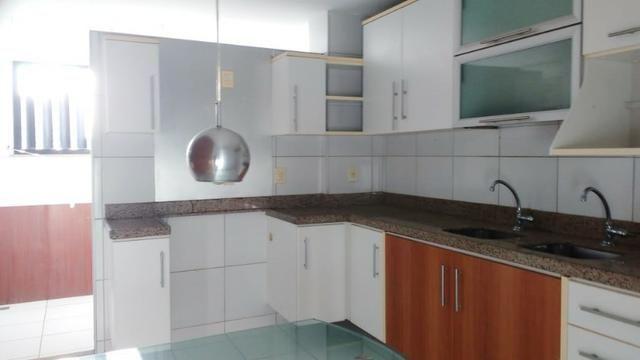 Ed Lucca apartamento amplo e ventilado com localização privilegiada - Foto 5