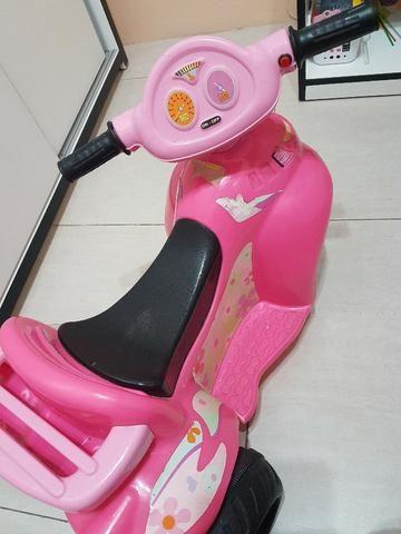 Motoca Elétrica Infantil Rosa - Foto 4