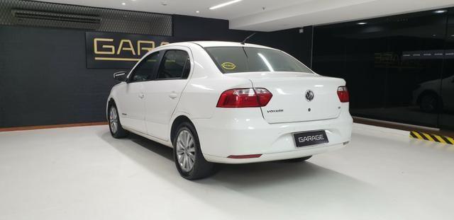Vw-Volkswagen Novo Voyage GNV 1.6 Flex 2014/14 - Foto 7