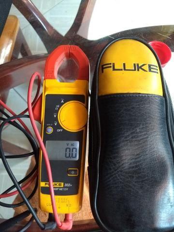 Vendo amperímetro FLUKE 302