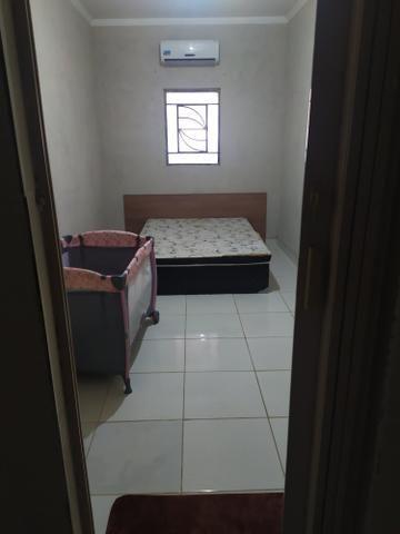 Vendo ou troco casa, 2 quartos 1 suite,garagem, sala, quintal, banheiro, cozinha e etc