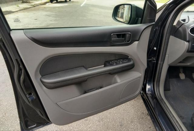 Ford Focus 1.6, único dono, impecável - Foto 14