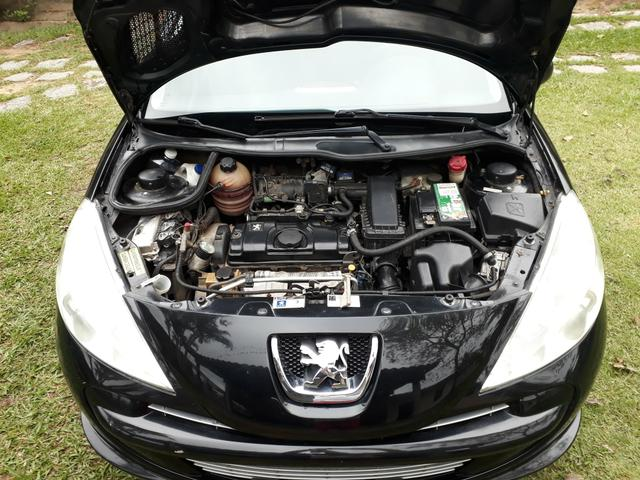 Peugeot 207 1.4 xr passion 8v flex 2012 - Foto 13