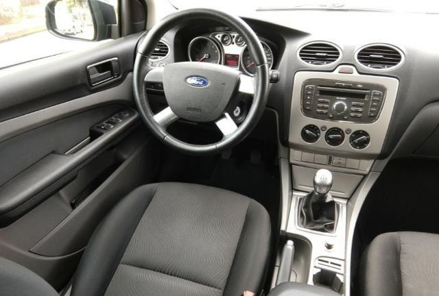 Ford Focus 1.6, único dono, impecável - Foto 11