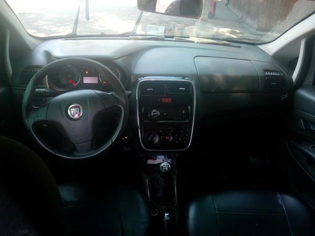 Fiat Punto HLX 1.8 com GNV completo - Foto 3