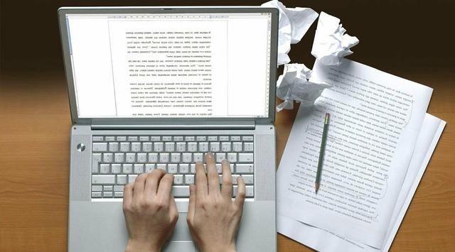 Contrata-se copywriter