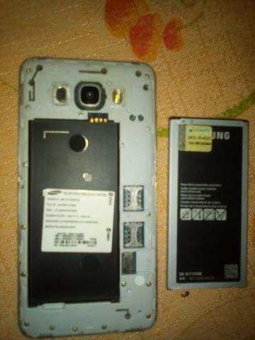 Vendo celular Samsung j7 - Foto 3