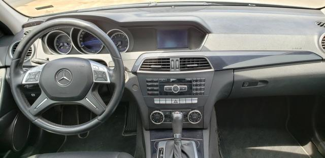 Mercedes Benz C 180 CGI Classic 1.8 Automática - Foto 8