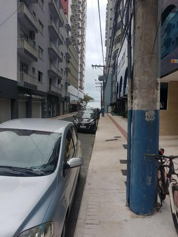 Sala comercial no Centro de Balneário! - Foto 3