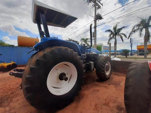 Trator New Holland TM 150 ano 2003 - Nova Andradina - MS - Foto 4