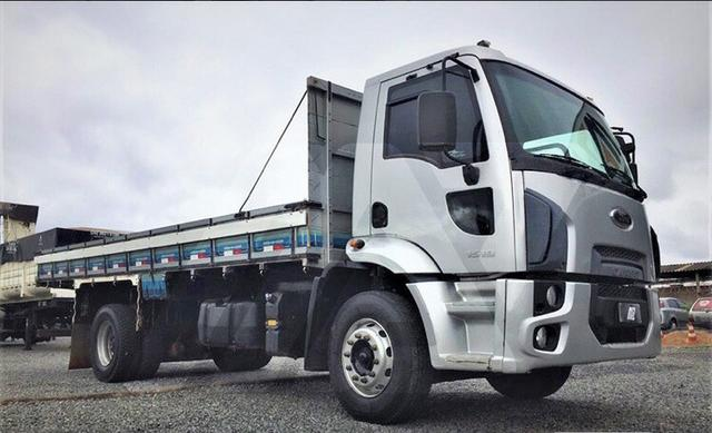 Ford Cargo 1519 ano 2013 R$112.300,00 - Foto 3