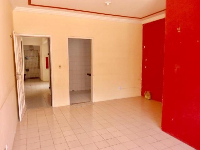 Apartamento Térreo nas Cajazeiras próximo a BR116, 69m, 3 quartos - Foto 5