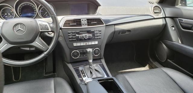 Mercedes Benz C 180 CGI Classic 1.8 Automática - Foto 9