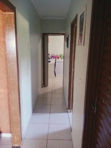 Vendo linda casa em Naviraí em ótima localização - Foto 3