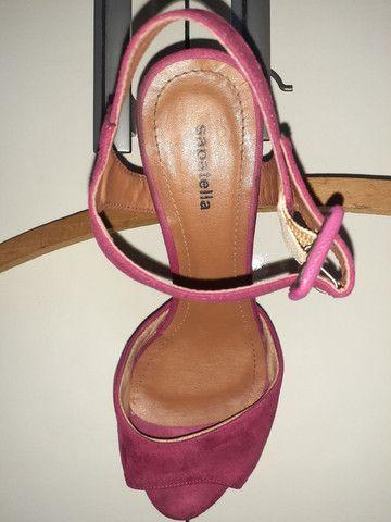 Sandálias diversas tamanho 35 - Foto 4