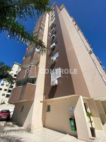(Ri)Excelente apartamento com area de lazer completa e 3 vagas de garagem em Barreiros.