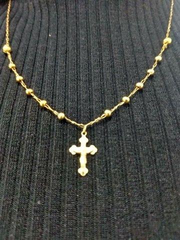 Corrente de ouro sendo um terço de oração - Foto 4