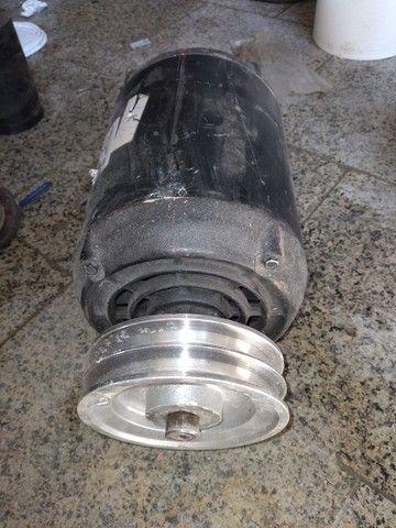 Motor trifásico 2cv
