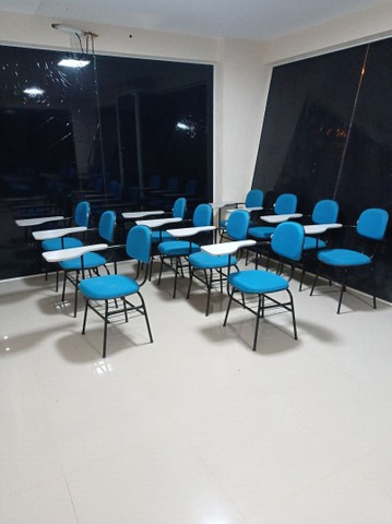 Sala de aula completa