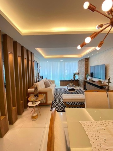 AB311 - Apartamento com 03 quartos/projetados e ar condicionado