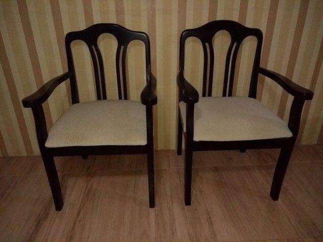 Duas cadeiras semi nova   - Foto 3
