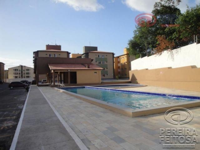 Apartamento com 2 dormitórios para alugar por R$ 950,00 - Cohama - São Luís/MA
