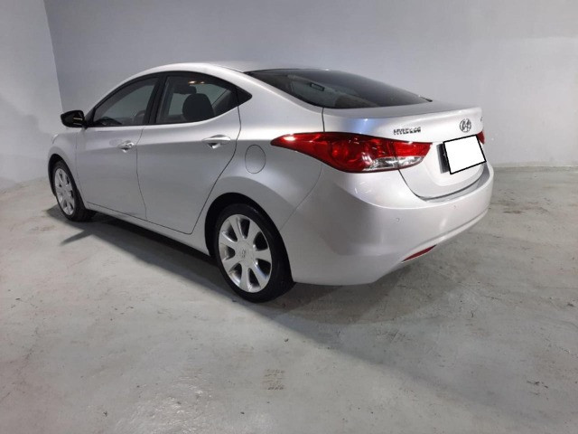 Hyundai Elantra GLS 2.0 - 2013 - Automático - R$46.854 - Foto 3