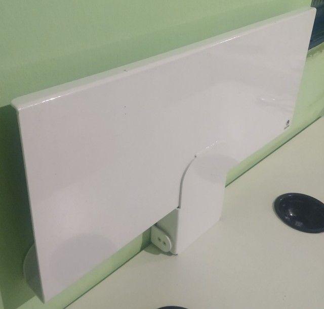 Suporte de parede para teclado e mouse - Foto 3