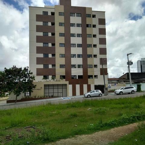 Apartamentos com 1 e 2 quartos e apto tipo stúdio