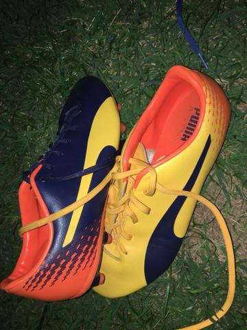 Vende se essa chuteira - Roupas e calçados - Cardoso b547a7d0636bb