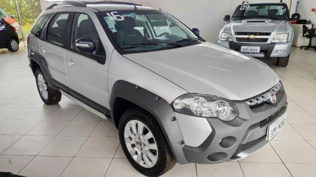 FIAT PALIO WEEKEND ADV. EXT. 1.8 DUAL. FLEX