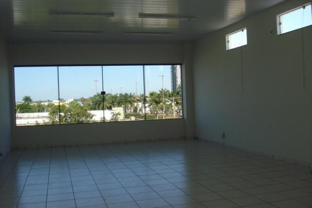 Alugo prédio comercial no centro de Tangará da Serra MT - Foto 3