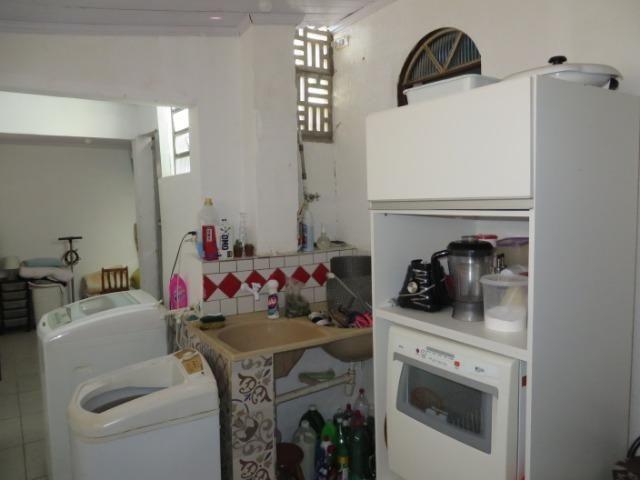 Vendo casa 3 quartos, uma suíte com churrasqueira. Estudo troca apartamento 3 quartos - Foto 15