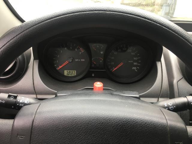 Ford Fiesta 2010 - Foto 8