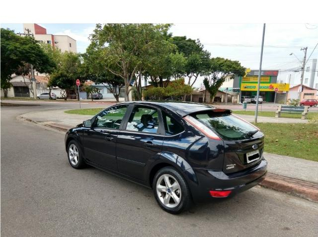 Ford Focus 1.6, único dono, impecável - Foto 5